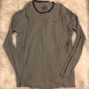 Men's Patagonia Gray thin waffle knit long sleeve